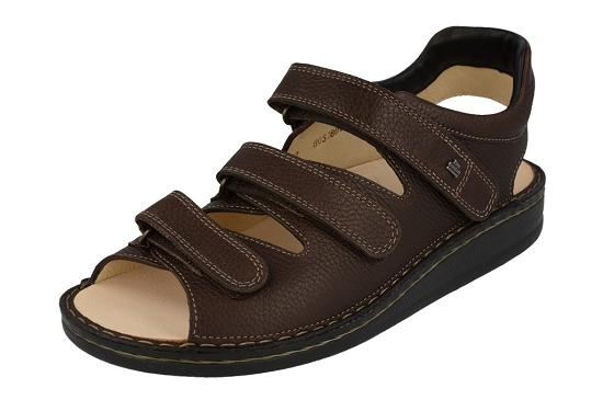 Sandaal met 3 wreefbanden, daardoor blijft deze sandaal fantastisch aan uw voet.Uiteraard kunnen zolen van een podoloog of podotherapeut ook in deze sandaal.