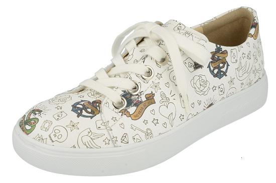 Elpaso van FinnComfort, vlotte speelse sneaker. Door het gebruik van uiters soepel bovenleer zal deze sneaker fantastich om uw voeten passen. Uiteraard voorzien van losse inlegzolen en huidvriendelijk kalfsleren voering.